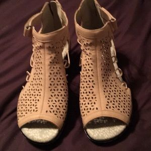 Like new Jambu Pink Sandals